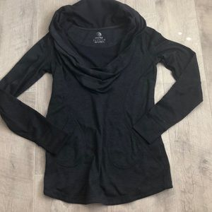 MPG Small Long Sleeve Pullover